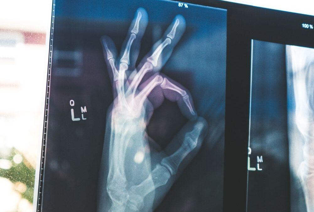 SWR2 Wissen: Beitrag über Osteopathie